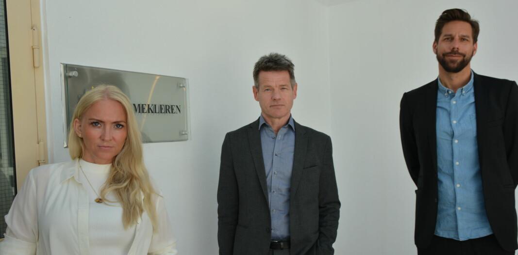 Unio Spekters leder Lill Sverresdatter Larsen, forbundsleder Bent Ronny Mikalsen og forhandlingssjef Ole André Gjerde i forbindelse med dagens oppstart i meklingen.